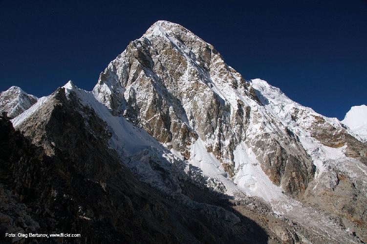 Пумори (Pumori, 7161 м). Южная стена