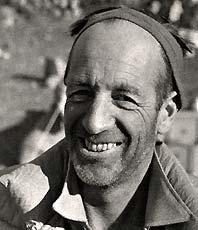 Андре Рош (André Roch) - участник швейцарской экспедиции на Эверест в 1952 году
