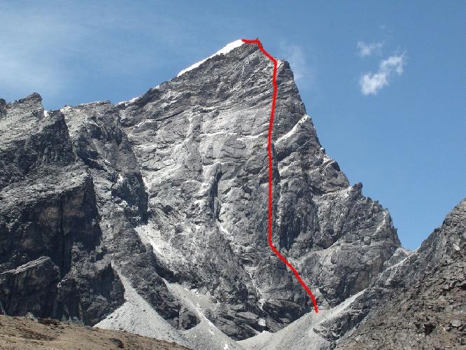 """Восточная стена вершины Лобуче Восточная (East Face Lobuche East) маршрут """"два полета стрелы"""""""