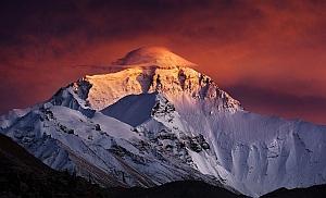 Сколько стоит восхождение на Эверест (в ценах на 2018 год)