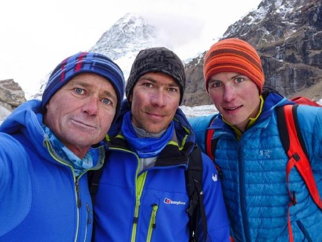 Словенская команда в Индийских Гималаях: Марко Презел (Marko Prezelj), Алес Чезен (Ales Cesen) и Лука Линди (Luka Lindie)