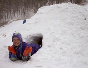 Карпаты зимой. Как выжить в снежной пещере