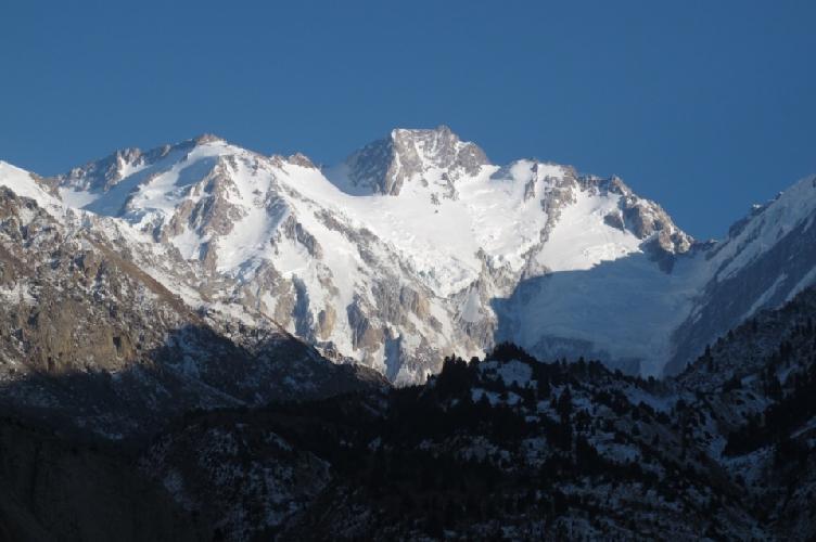 Нанга Парбат (Nanga Parbat, 8126 м) - девятый по высоте восьмитысячник мира. Сторона Диамир