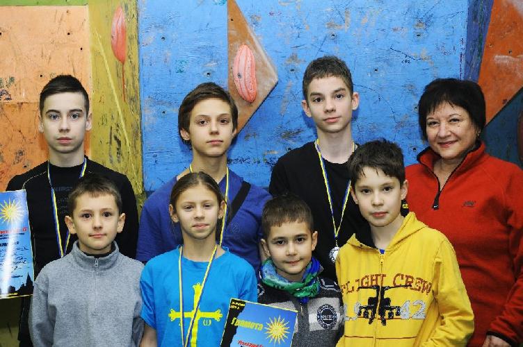 Команда города Украинка на соревнованиях Рождественский боулдеринг 2015 / Різдвяний боулдерінг-2015