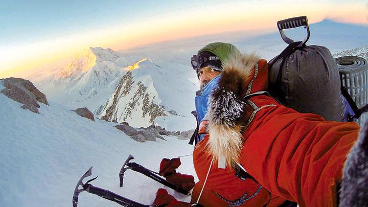 Лонни Дюпре (Lonnie Dupre) на склоне горы Мак-Кинли