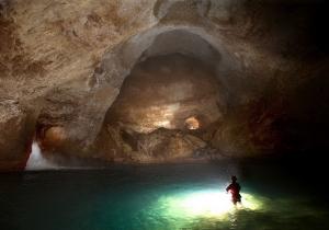 Власти Абхазии возмутились названиям пещер, которые дают им спелеологи