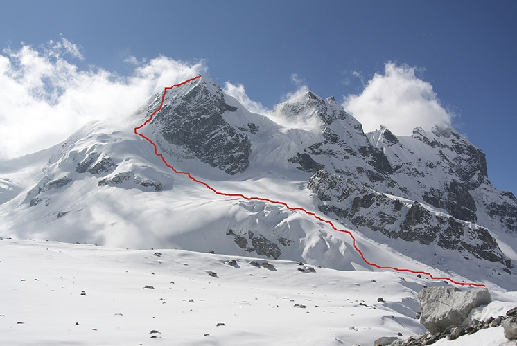 South Simvu Peaks, северная вершина (5750 м), первовосхождение