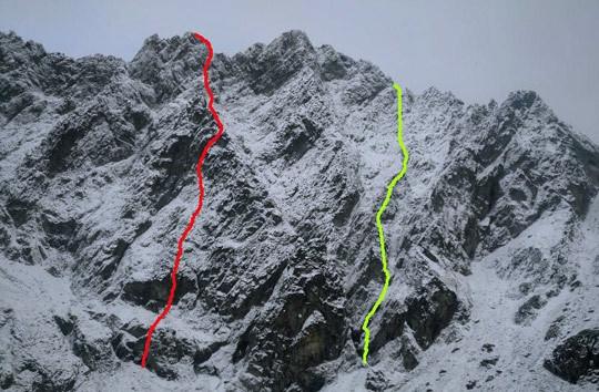 Два новых соло-линии Копольда в Высоких Татрах. 5.11 M6, 800 м на стене Rumanov Stit (красная) и 500 м 5.10 M5 на стене Maly Ganek (желтая. Фото © Dodo Kopold