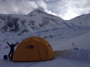 Зимняя экспедиция Симоне Моро на Манаслу. Интервью из Базового лагеря