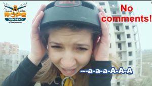 В Николаеве ради острых ощущений молодежь прыгает с недостроенной многоэтажки