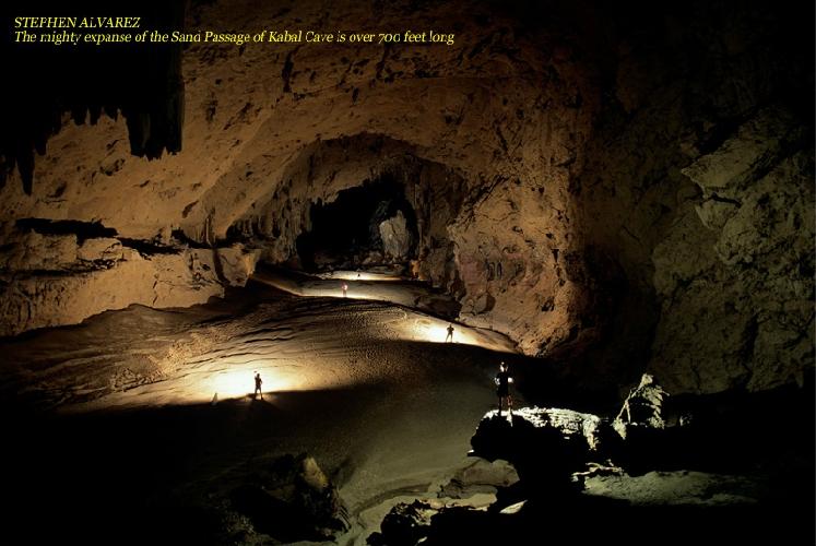 СТИВЕН АЛЬВАРЕС. Могучий простор Песчаного Хода в пещере Кабал, длиной более 214м