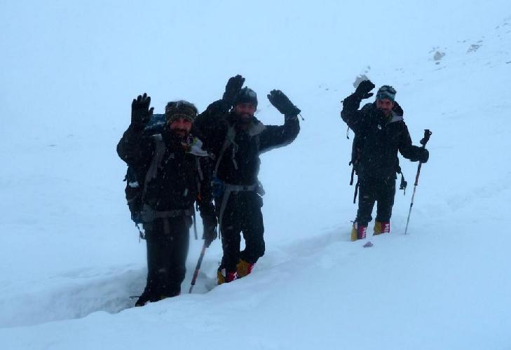 Иранские альпинисты Реза Бахадорани (Reza Bahadorani), Ирадж Маани (Iraj Maani) и Махмуд Хашеми (Mahmoud Hashemi)  на Нангапарабат. март 2015.