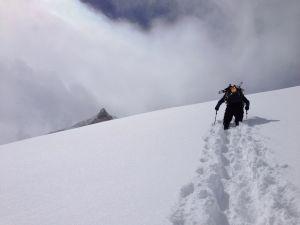 Весенняя экспедиция Симоне Моро на Манаслу. Лавины, снегопад и потерянные вещи