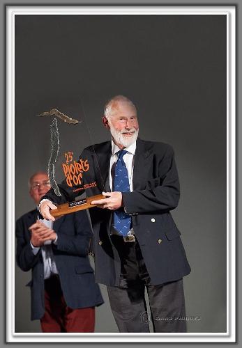"""Сэр Крис Боннингтон (Sir Christian John Storey Bonington)  на церемонии премии """"Золотой Ледоруб"""" (Piolets d"""