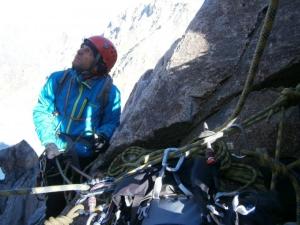 Неправильная техника страховки в скалолазании и в альпинизме.