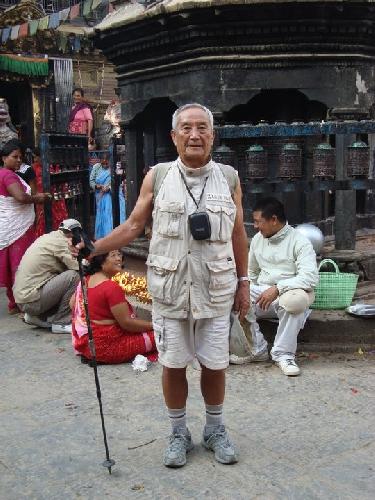 Мин Бахадур Шерхан (Min Bahadur Sherchan) в Катманду. 2013 год