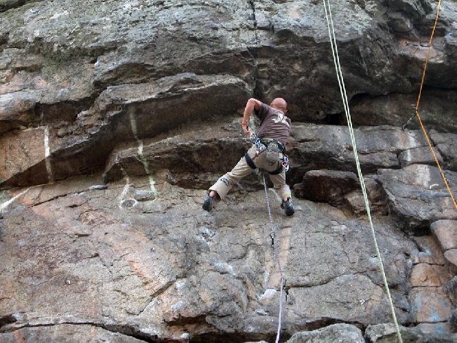 Ветераны скалолазания на скалах Южноукраинска
