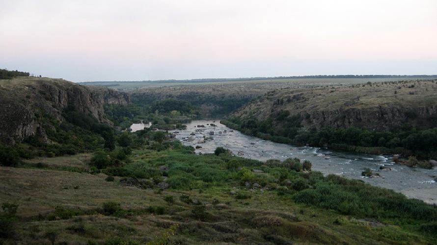 Скалы Южного Буга