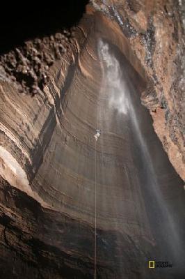Фото дня: В самой глубокой пещере США