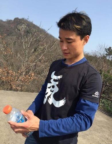 Чинхуа Ванг (Qinghua Wang / 王清华)