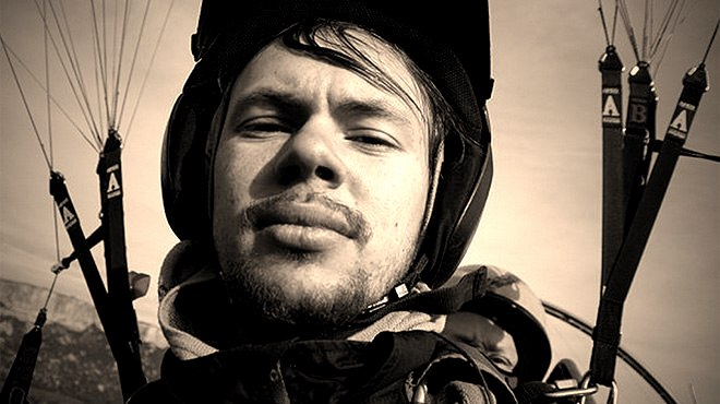 Алексей Алексеев  - бейсджампер из Санкт-Петербурга
