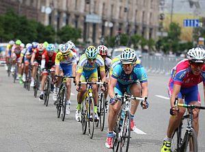 Традиционная велогонка ко дню Киева вернулась на Крещатик