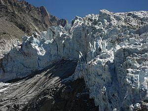 Ледник Аржентьер в потрясающей съемке 4К