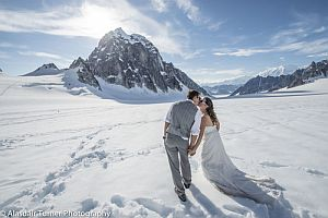 Свадьба на леднике Аляски