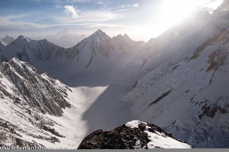 Гашербрум 1 (Gasherbrum I, 8080).  Вид с третьего высотного лагеря. июль 2015