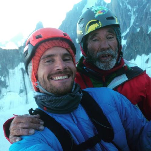 """Франциско Марин (Francisco Novato Marin) со своим сыном Эду Марином (Edu Marin) на вершине маршрута """"VOIE PETIT"""" на Гран Капуцин (Grand Capucin)"""