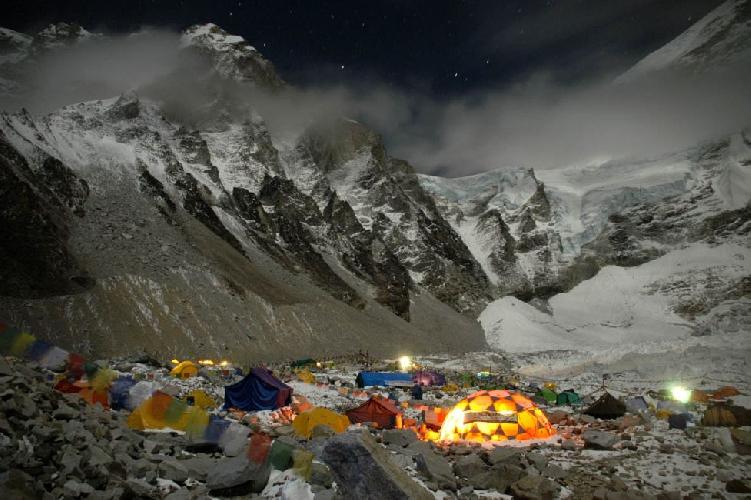 Эверест. Базовый лагерь