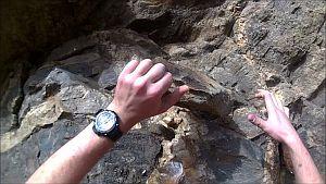 Срыв и падения скалолаза