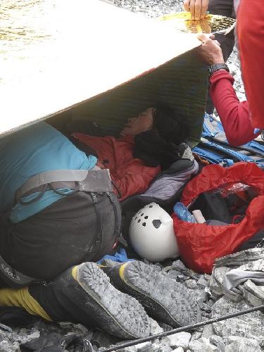 травмированная в лавине японская альпинистка Sumiya Tsuzuki на Броуд Пик