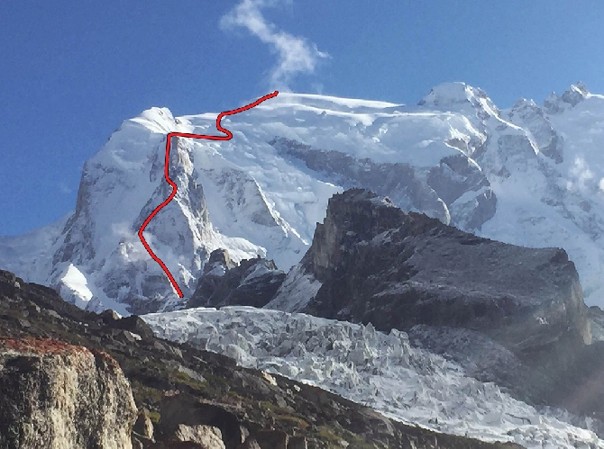 маршрут восхождения на К6 Западную (K6 West).  Скотт Беннет (Scott Bennett) и Грэхем Циммерман (Graham Zimmerman). 2015 год.