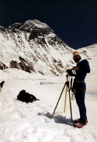 Геннадий Копейка. Экспедиция Эверест-1991, плато между первым и вторым лагерем.