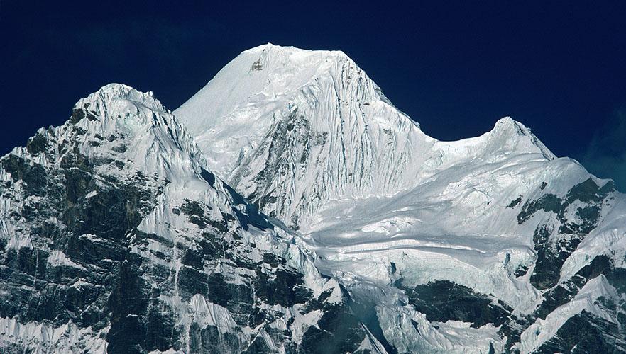 Чамланг (Chamlang) высотой 7319 м