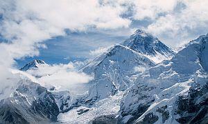 Каждый день я слышу грохот лавин на Эвересте...