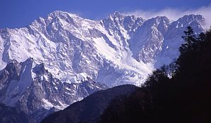 Экспедиция черкасских альпинистов в Гималаи: Команда в Базовом лагере восьмитысячника Канченджанга