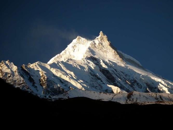 Манаслу (Manaslu, 8156 м), восьмой по высоте восьмитысячник мира.