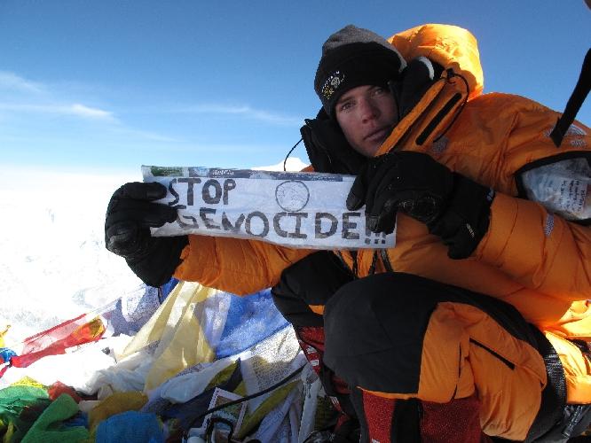 Джонни Стрендж (Johnny Strange) на Эвересте в 2009 году