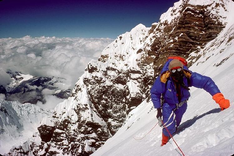 Дугл Хэстон (Dougal Haston) на Эвересте в 1975 году