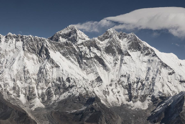 Эверест, вид с Ама-Даблам