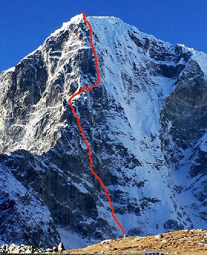 маршрут по контрфорсу на Северной стене горы Табоче (Taboche, известную также под именем Тавоче / Tawoche), высотой 6541 метров, что расположена в  долине Кхумбу, Непал.