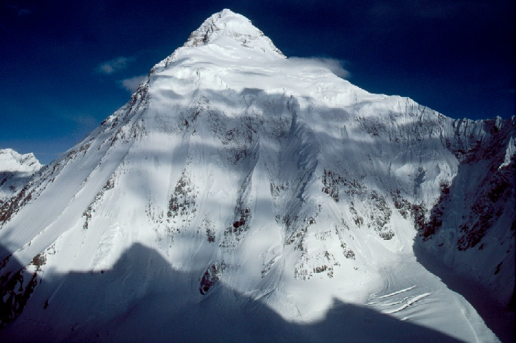 K2. Восточная стена