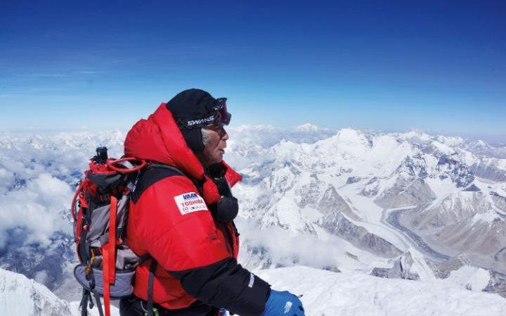 Юичиро Миура (Yuichiro Miura) на Эвересте в 2013 году