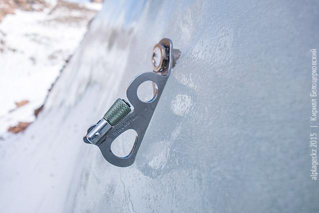 Ледобур БД Экспресс в леднике Маншук Маметовой
