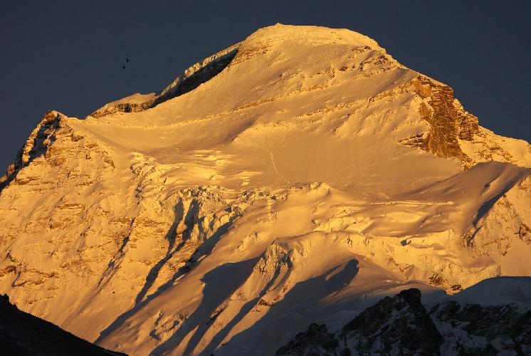 Чо Ойю (Cho Oyu) - шестая по высоте вершина мира