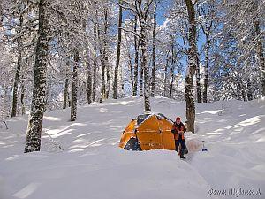 Пещера Снежная: об организации зимних спелеологических экспедиций