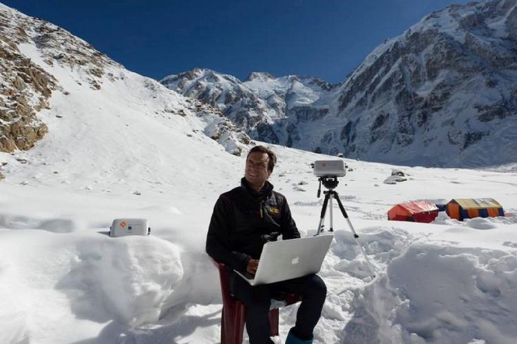 Даниэль Нарди (Daniele Nardi) в базовом лагере Нангапарбат, незадолго перед уходом