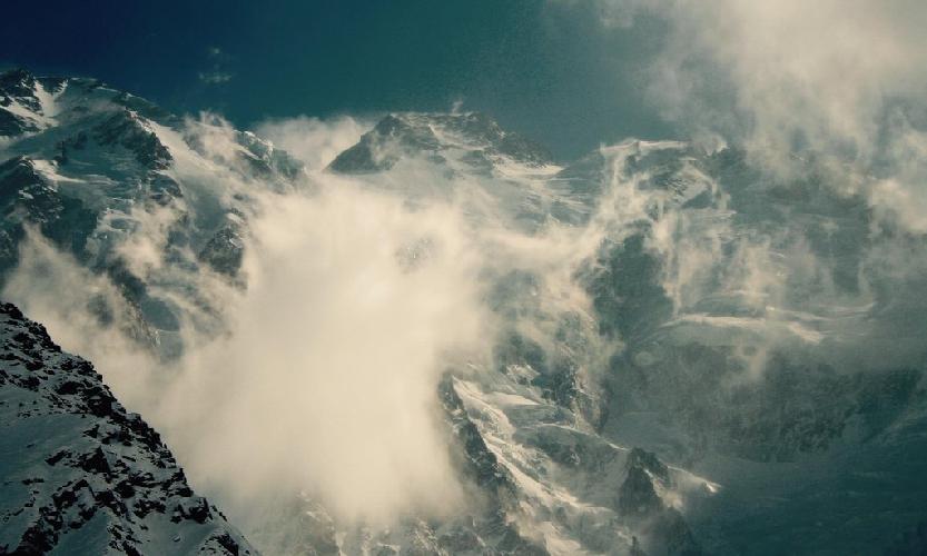 Сильный ветер на Нангапарбат